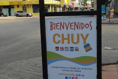 Rocha avanza en calidad: colocación de cartelería informativa y de sensibilización en Chuy