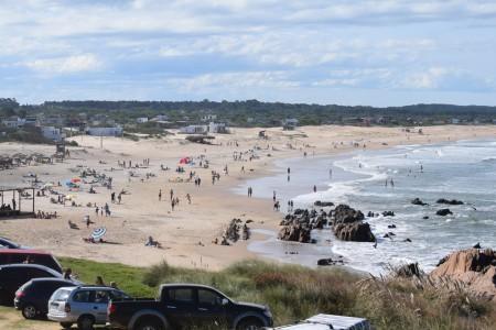EGA y Tur-Este se unen para conectar Argentina con la costa de Rocha en temporada alta