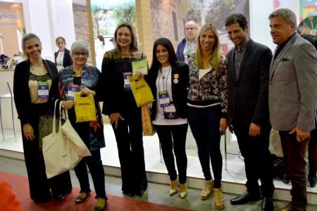 Medios de prensa de Río Grande do Sul visitan el stand de Rocha en Gramado 2017
