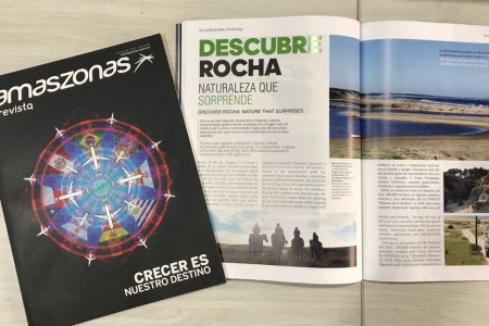 Rocha en la revista de vuelos de la aerolínea Amaszonas