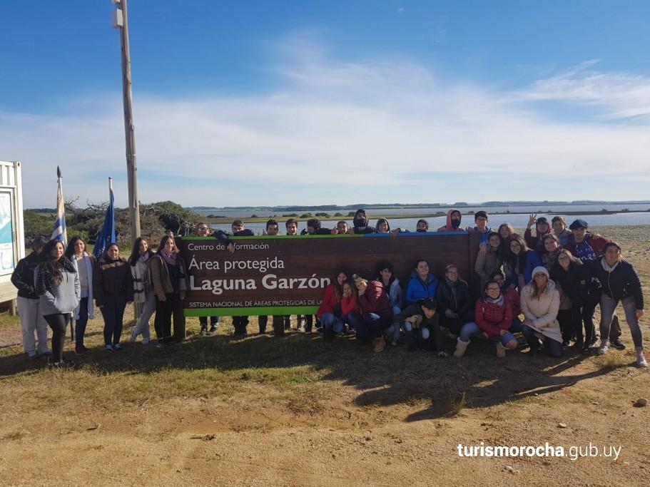 Jornada de limpieza ambiental en Rocha, Uruguay