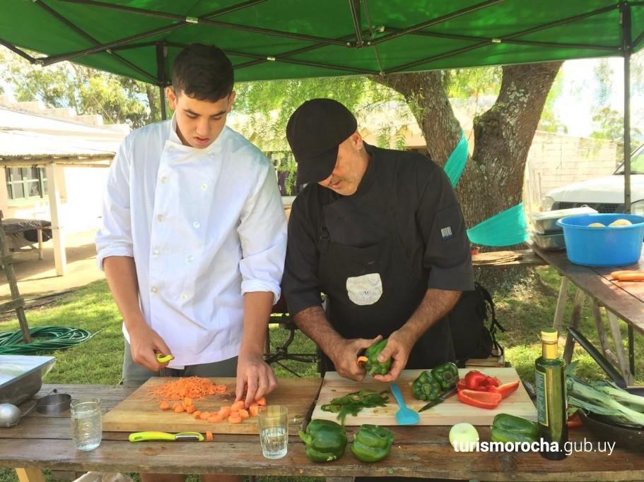 Gastronomía Km 0 en 7a Fiesta Ovina en Soc. Rural 19 de Abril