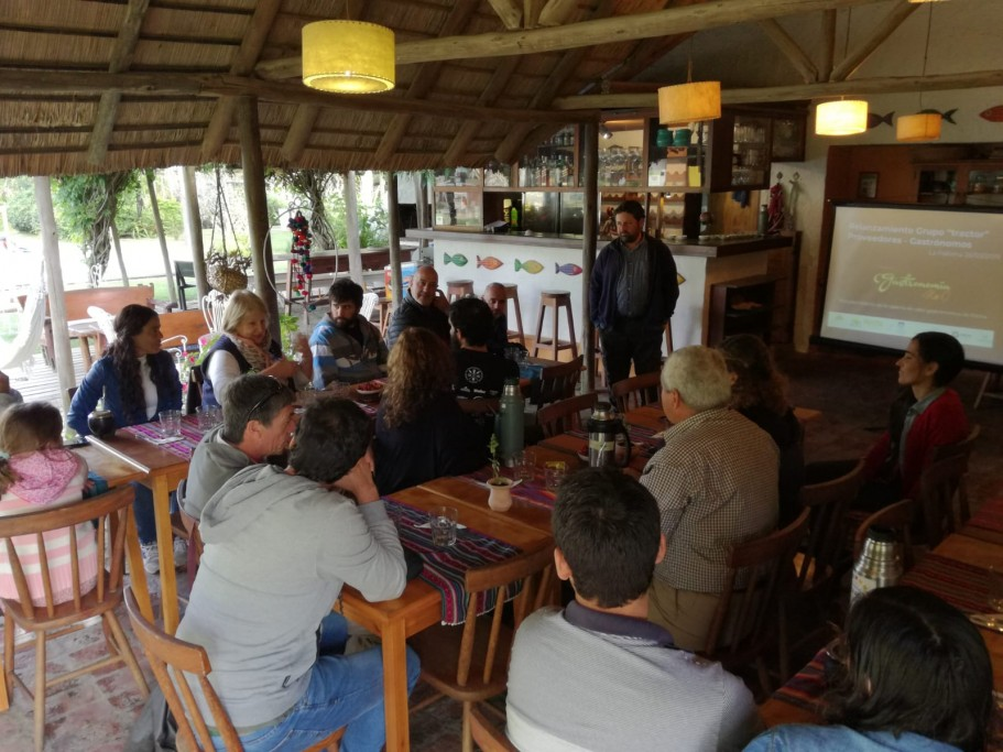 Reunión grupo tractor proyecto Gastronomía Km 0 de Rocha