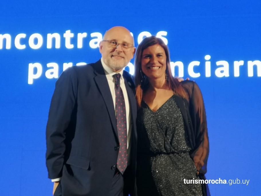 Juan Martínez y Paola Ferrar