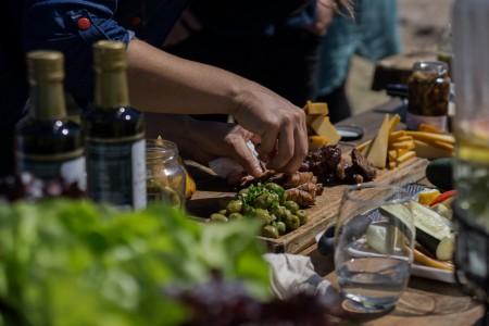 Sabores de Rocha prepara su recetario con las mejores recetas locales para que puedas elaborarlas en tu cocina