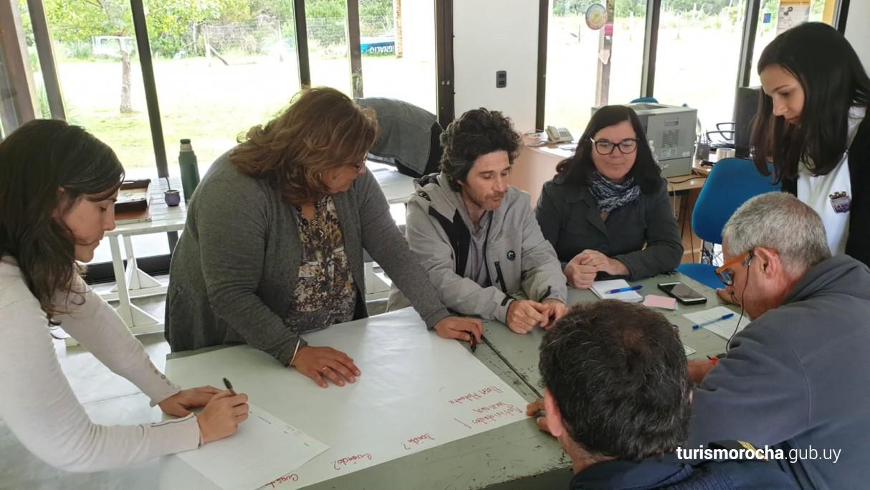 Reunión para el desarrollo turístico en Laguna Garzón, Rocha