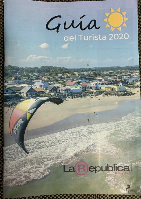 Guía del Turista 2020 de La República en el Peaje de El Pinar