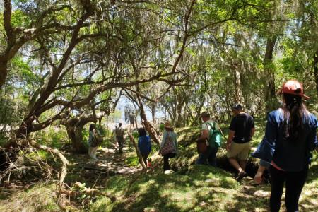 El equipo de la Dirección de Turismo se capacitó en una salida de campo por Potrerillo de Santa Teresa