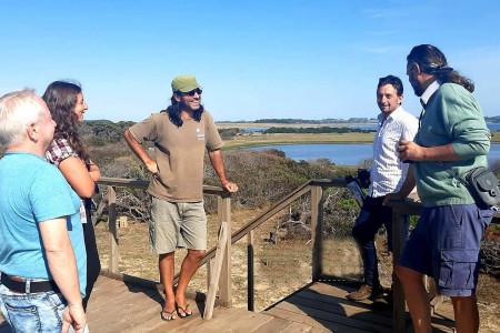 Direcciones de Turismo y Ambiente de Rocha coordinan acciones en la Laguna Garzón