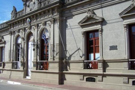 El Intendente Alejo Umpiérrez recibió a Directivos de la CRT quienes elevaron varias solicitudes en apoyo al sector turístico