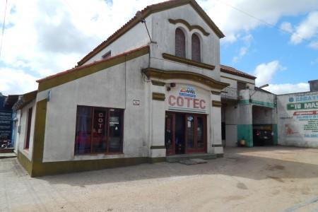 Agencia de ómnibus COTEC en Rocha