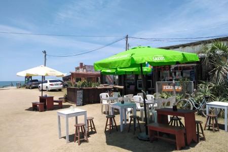 Perico's en Aguas Dulces, un restaurante para degustar exquisitos platos mirando al mar