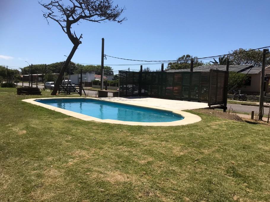 Piscina en Hotel Cabo Santa María, Uruguay