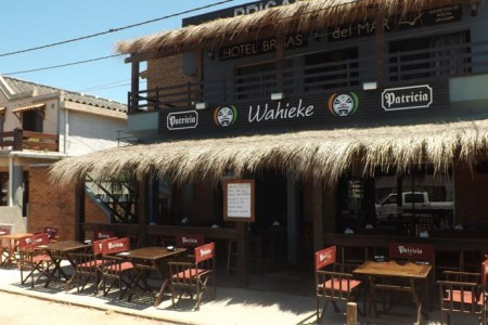 Wahieke Resto-Bar en Aguas Ducles