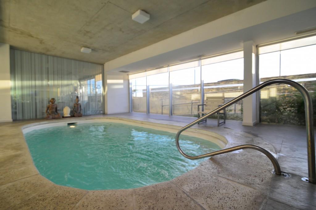 Piscina en Hotel UY Proa Sur, Uruguay