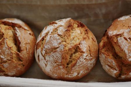 Receta para un pan de campo de masa madre, paso a paso