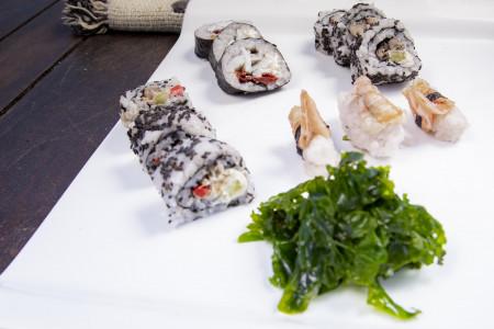 Sushi de Rocha, la típica receta oriental adaptada a los Sabores de Rocha, con camarón, lenguado o sirí