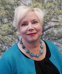 LISA SHIVELER
