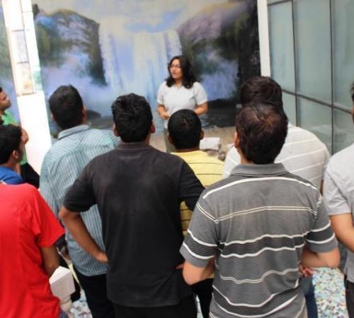 Karishma Gaur, GMAT Trainer taking classes