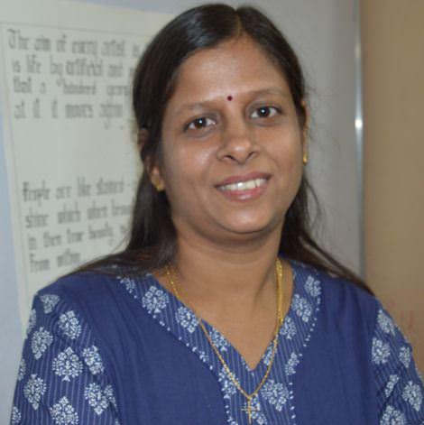 Roslin R, Calligraphy Trainer, Bangalore