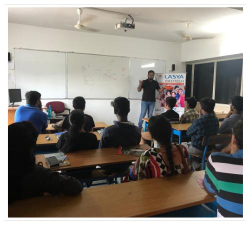 Lasya Infotech of institute Class room image 1