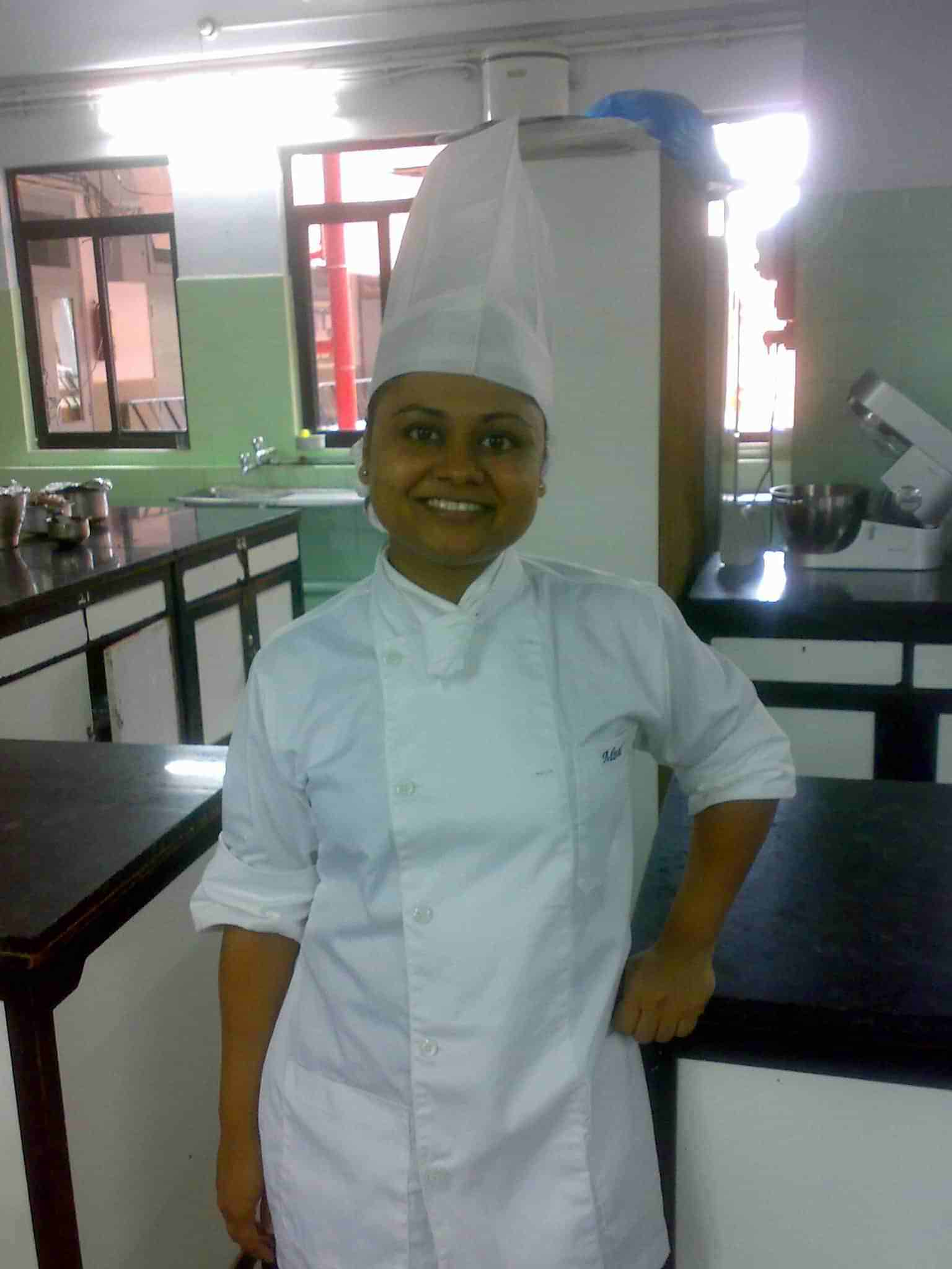 Minal Kailash Gupta, a Baking Trainer from Mumbai