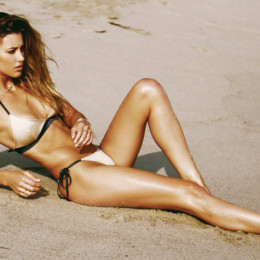 Gooseberry dives into the world of swimwear
