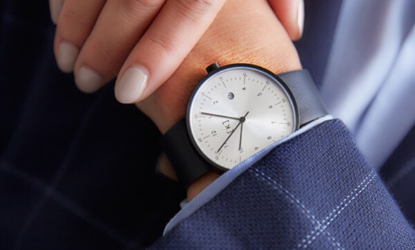 Stay on time and looking fine with a timepiece from iKi