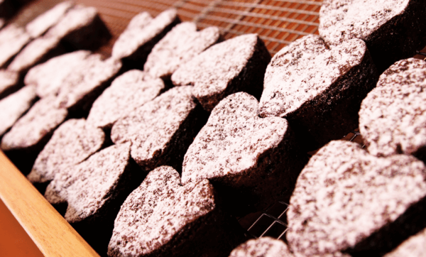 I Heart Brownies spreads the love with a new Wintergarden kiosk