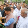 Cm-prema-kandu-cuts-ribbon-with-bishops-behind-thumb