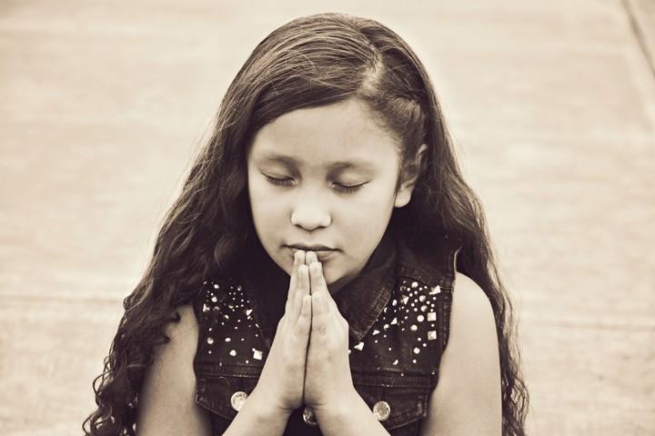 Praying%20child%20christian%20stock%20photo-web