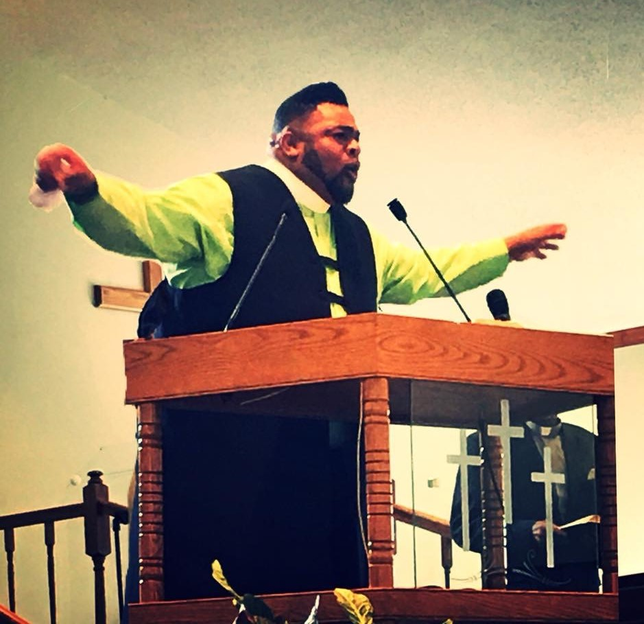 Pastor Julian Jasper, Jr