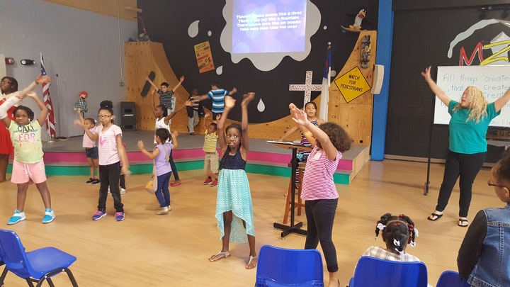 Kids%20worship%203-web