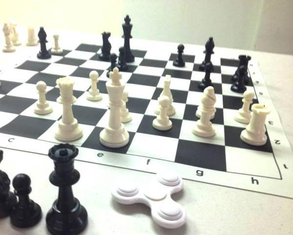 Chess%204-web