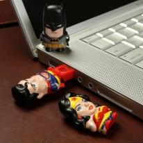 DC Comics MimoMicro USB Drive & Reader