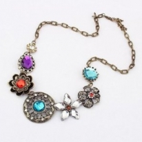 Lovely Crystal Flowers Bib Necklace For Girls