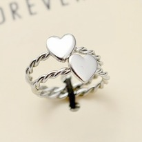 Twisted Silver Midi Heart Ring