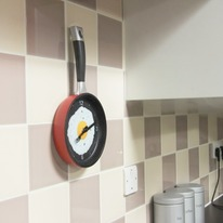 Thumbs Up Frying Pan Kitchen Wall Clock