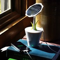 Solar Sunflower Phone Charger