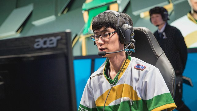 Shrimp has been in the NA LCS before, but he still had to play on short notice here (LoL Esports Photos, Flickr)