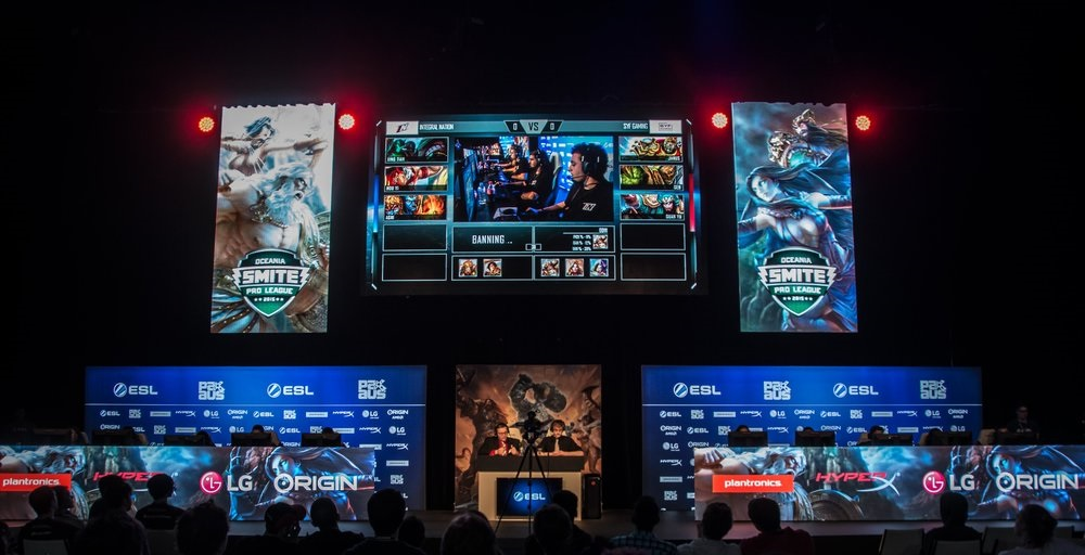 The production values of the ESL have been notable in the past, such as the Arena at PAX Australia in 2015. With the help of the ESA, the spectacle at E3 2018 promises to be pretty extraordinary.