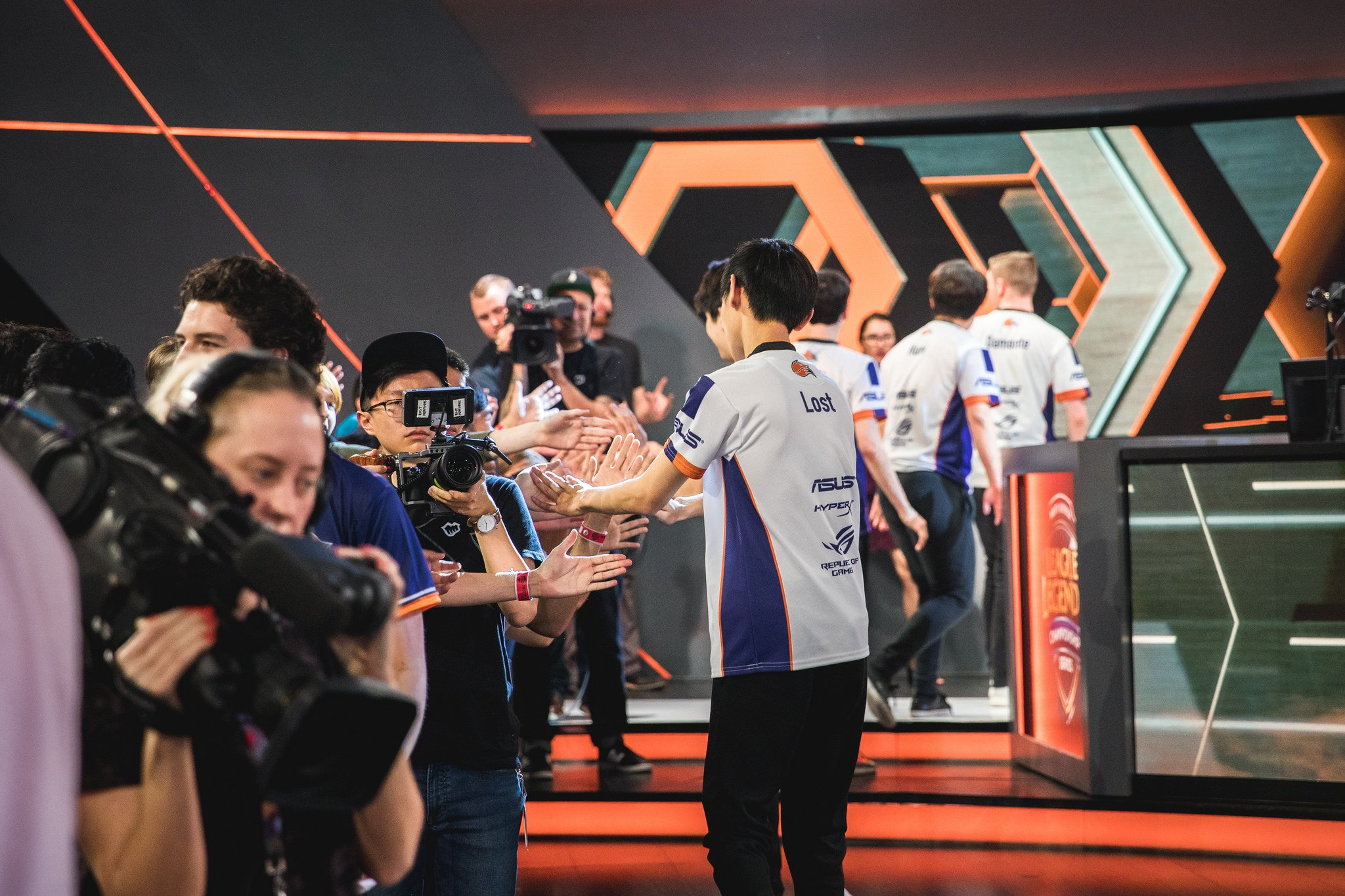 Echo Fox greet their fans after their victory