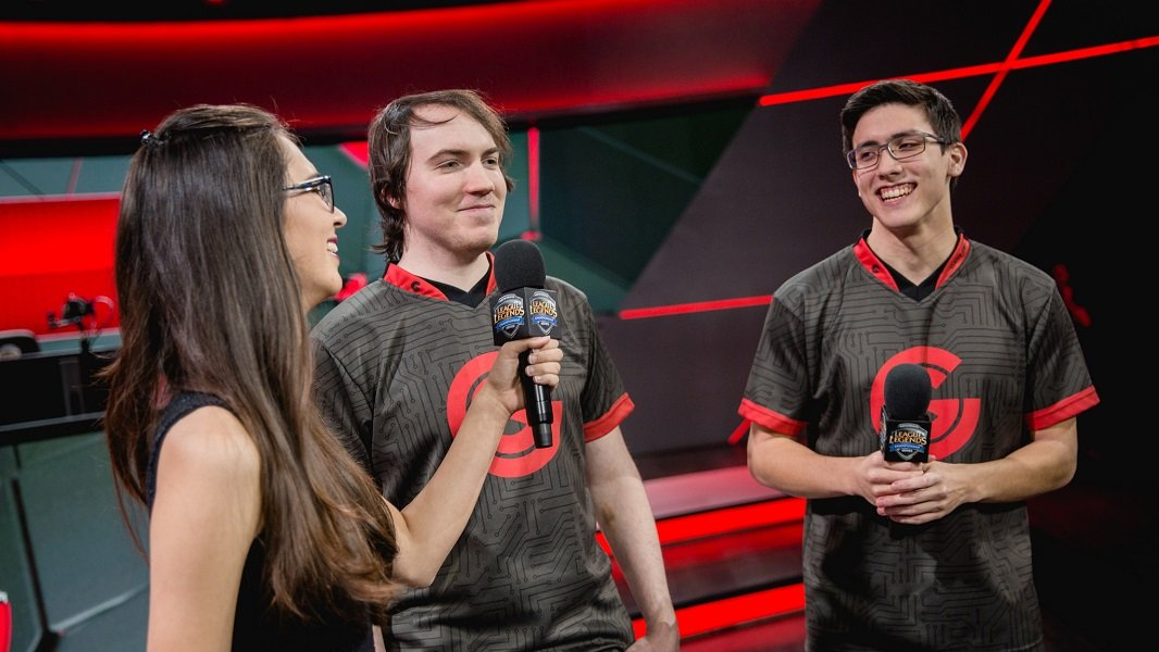 With a solid synergy already, will Apollo and Hakuho find their footing with the rest of the Echo Fox team?
