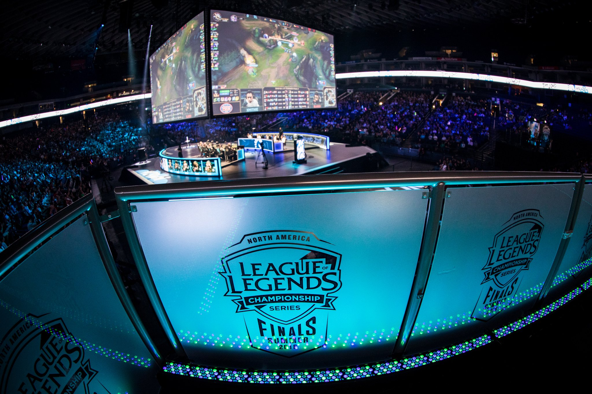 The Average Salary of an LCS Player is Very Impressive