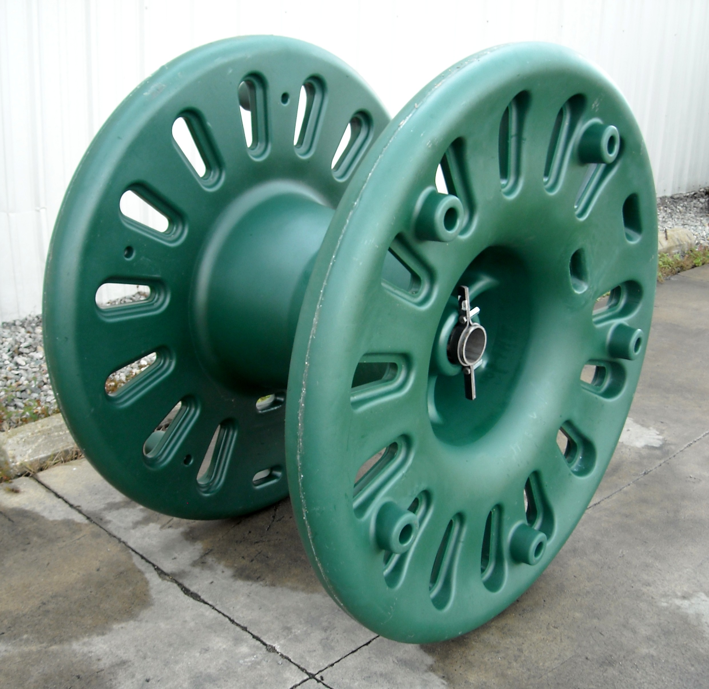 Hendrix Wire & Cable/Marmon Utility Recycled Plastic Reel ...