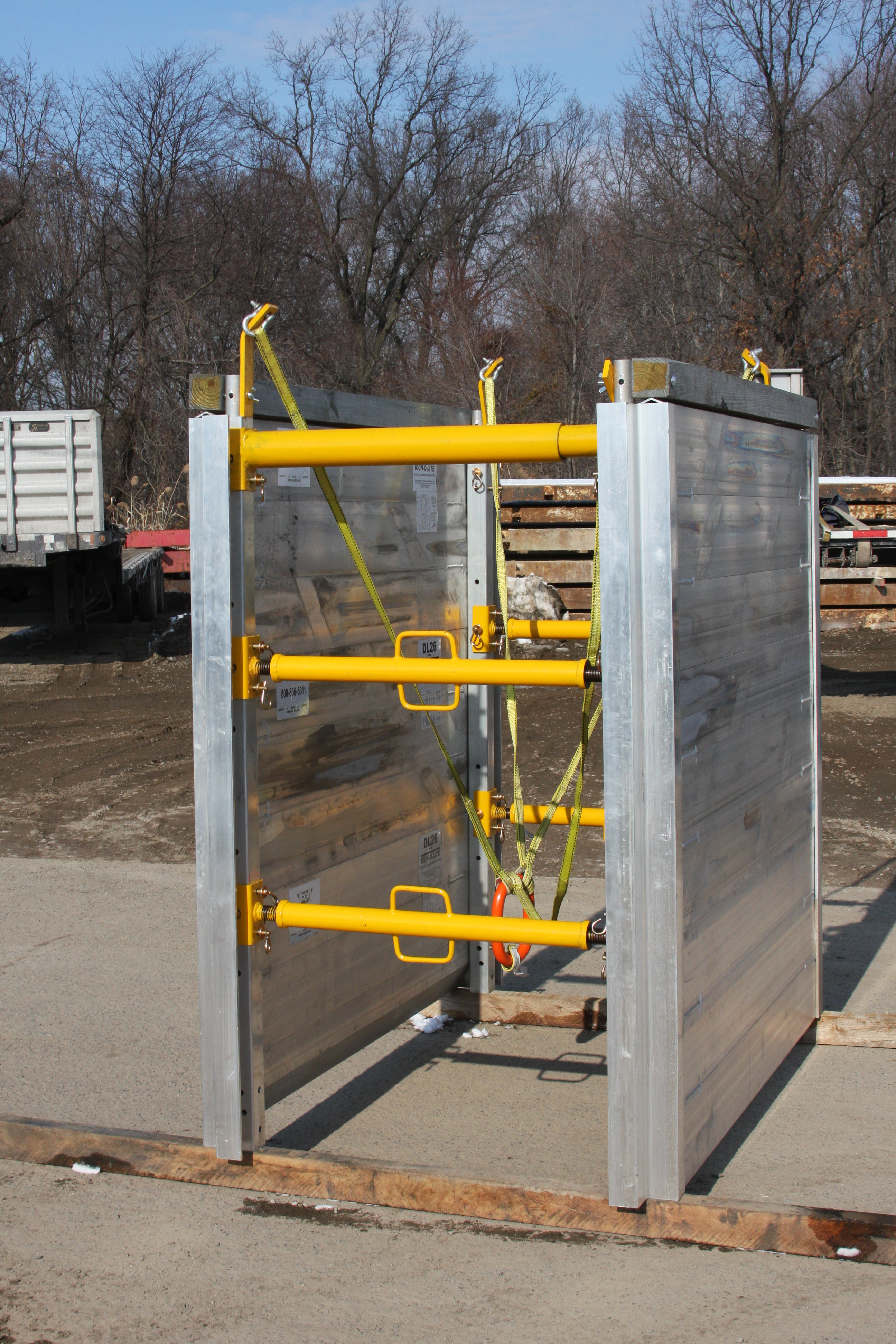 Aluminum Shoring Systems : Trench shoring products equipment spotlight underground