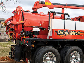 Ditch Witch FXT50 tandem