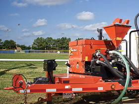 Ditch Witch® MR90 mud recycling system