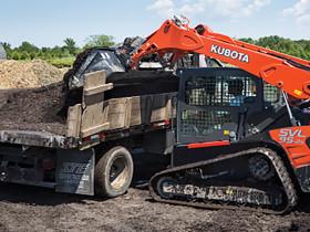 Kubota SVL95-2s compact track loader