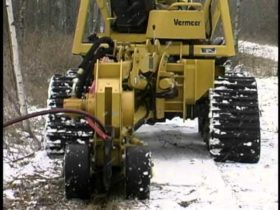 Vermeer RTX750 Tractor with Plow